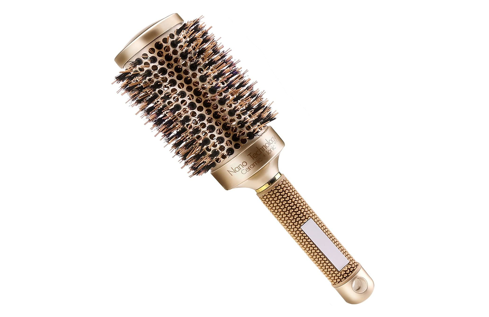 ROUND BRUSH FOR HAIR EXTENSIONS