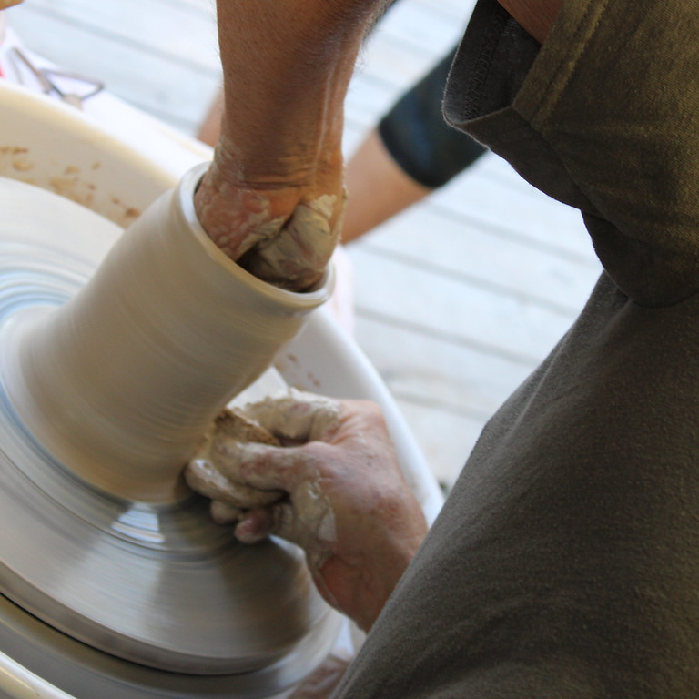 Beginner + Continuing Pottery On The Wheel