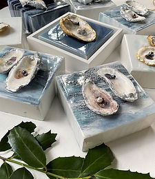 Genuine Oyster Art   Resin, Genuine Oyster & Pearls   6 x 6