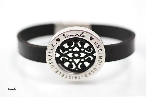 Vernada® Design -nahkaranneke, PITSI, musta