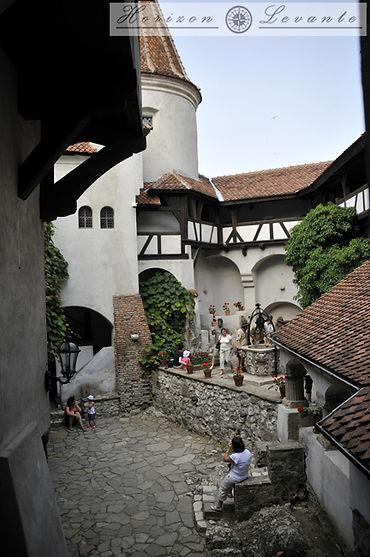 Bran castle 3.jpg
