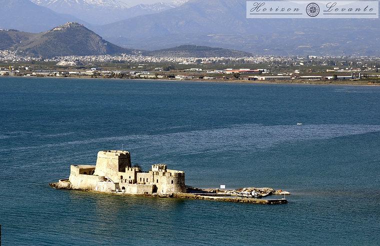 Το Μπούρτζι από την Ακροναυπλία                                                                    Bourtzi  fort from Acronafplia    (1474)              Το Μπούρτζι από την Ακροναυπλία                                                                    Bourtzi  fort from Acronafplia    (1474)