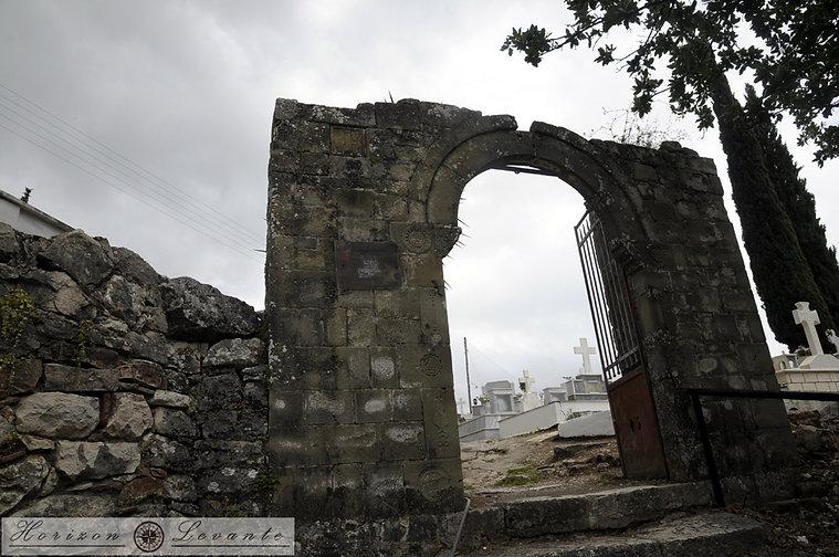 12 Κάστρο Βουκάτιου Δ. πύλη.JPG