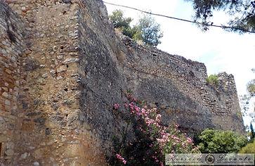 Κάστρο Λαμίας ακροπύργιο 4.JPG