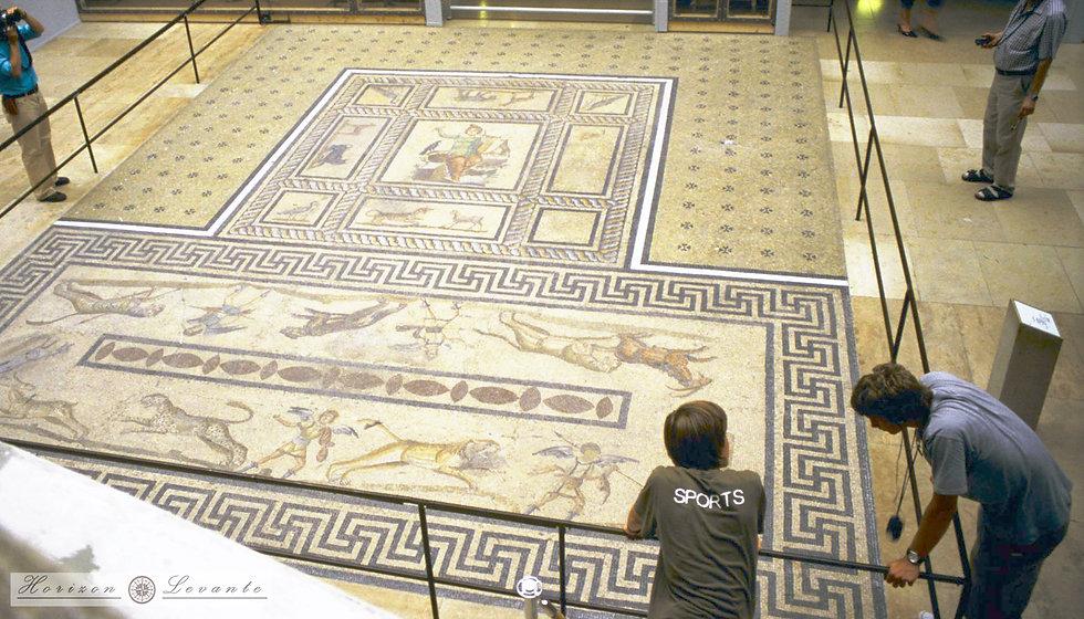 098  pergamon museum roman.jpg