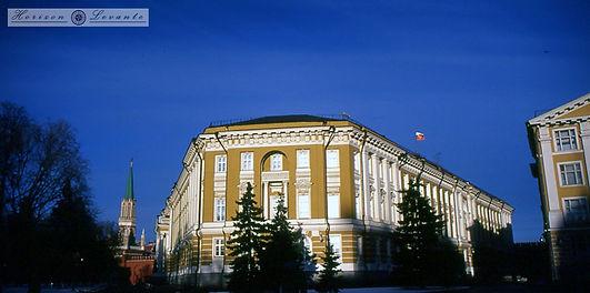 Προεδρικό μέγαρο - Γερουσία.jpg