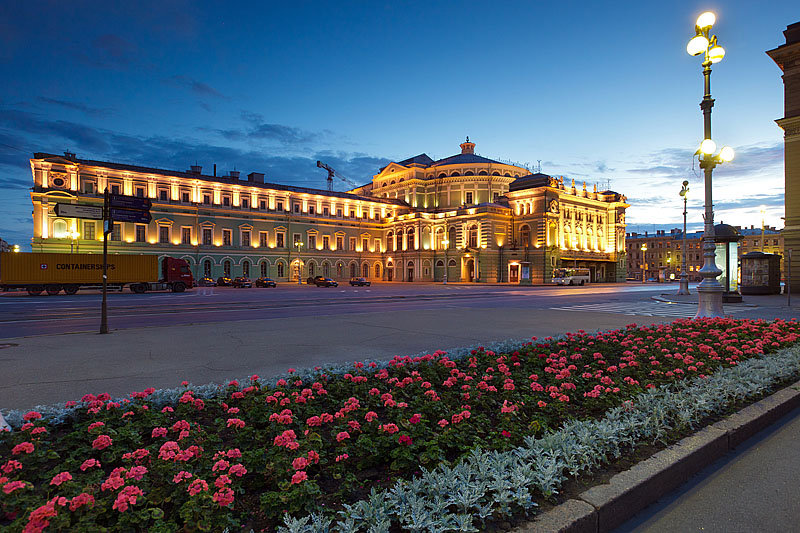 night-view-of-the-mariinsky-theater-in-s