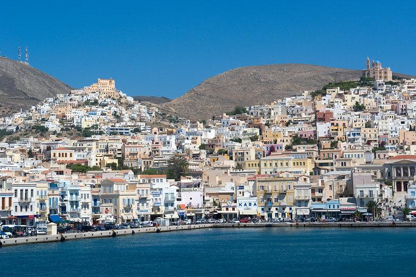 Syros_Ano_Syros_u_Ermoupolis140707.jpg