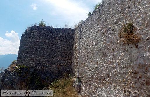 Κάστρο Λαμίας Ν. πύργος.JPG