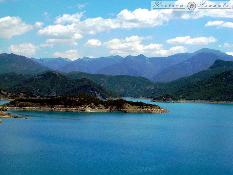 Λίμνη Κρεμαστών 2.JPG
