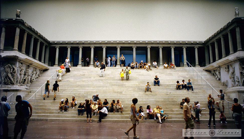 084  pergamon museum .jpg