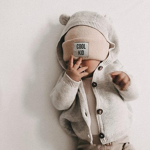Beanie Statementbeanie cool kid Wollmütze Wintermütze Kindermütze warm Mütze beige Kinderzimmer Dekoration Kinderklamotten