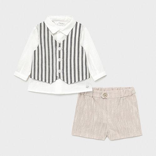 Completo pantaloncino camicia e gilet mayoral