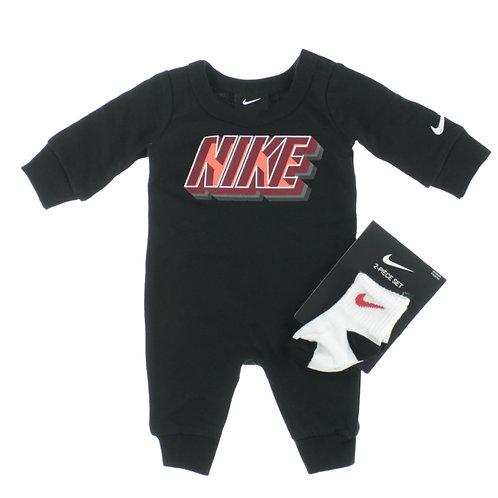 Completo Nike