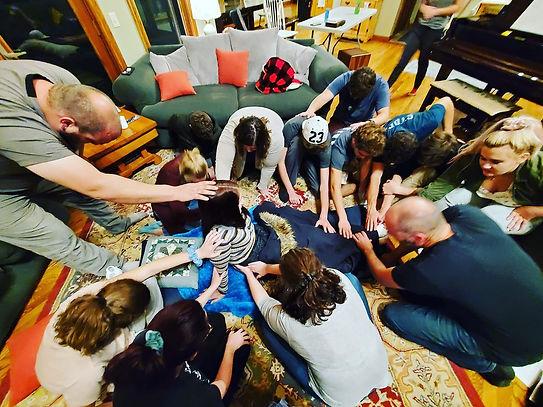 praying 1.jpg