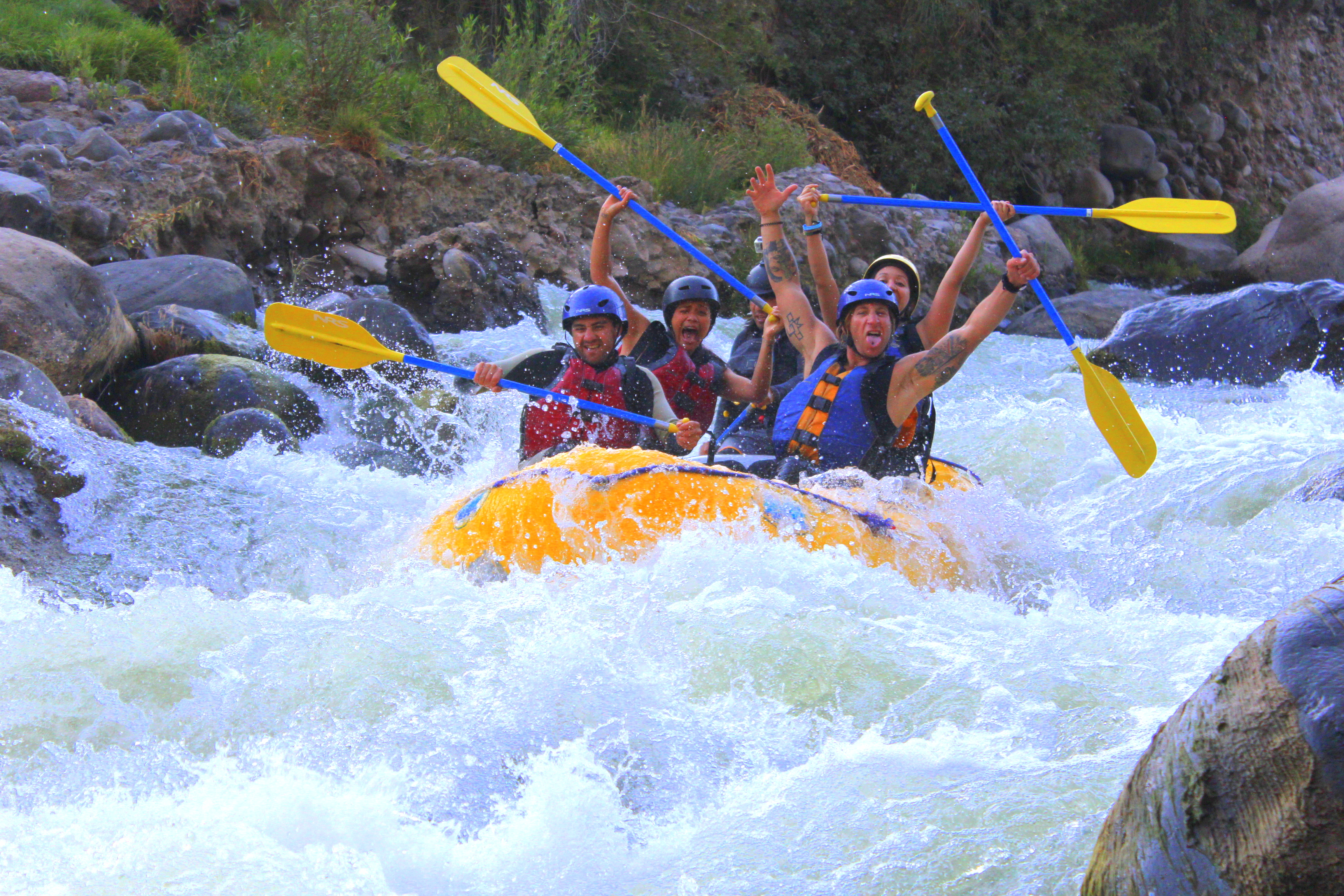 rafting rio chili in arequipa peru