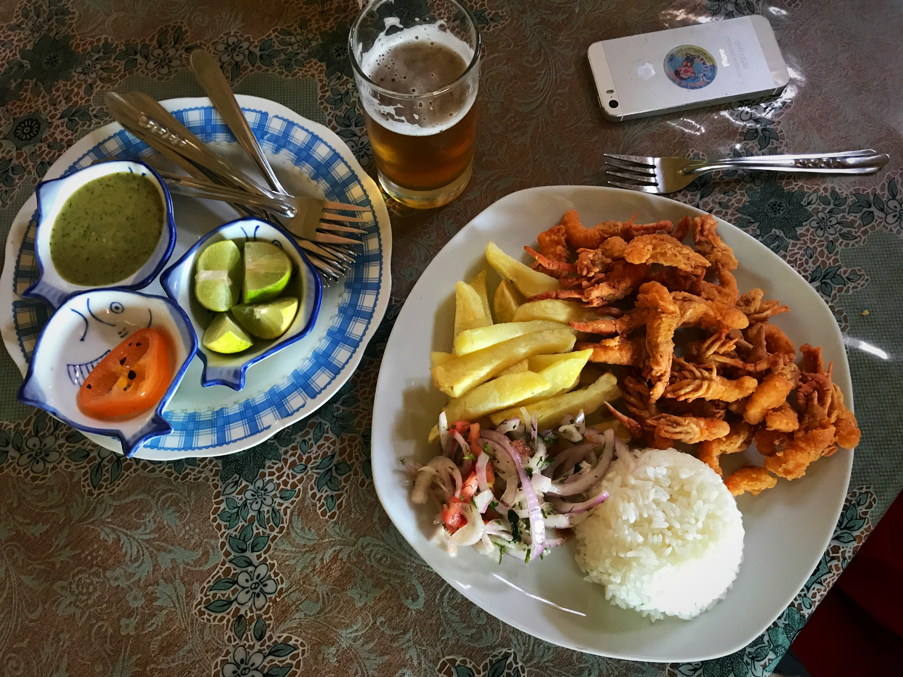 chicharron de camarones in Majes