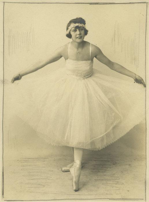 Danseuse, 1925