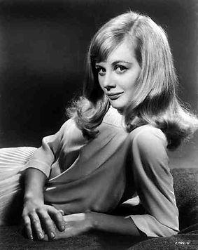 Shirley Knight portrait