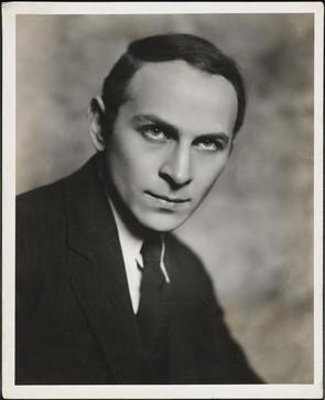 Morris Carnovsky