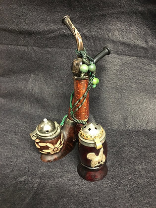 Estate Table Sitting Pipe