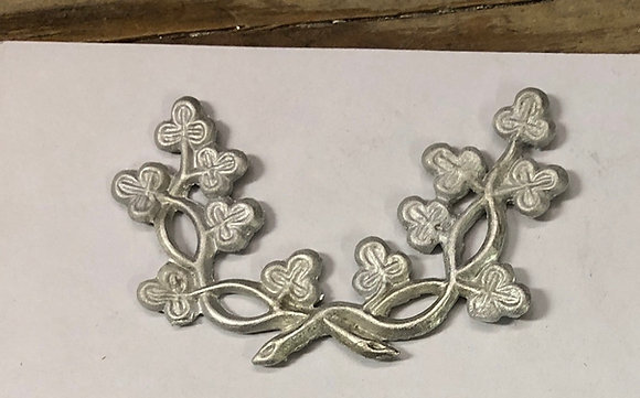 Clover Wreath Insignia