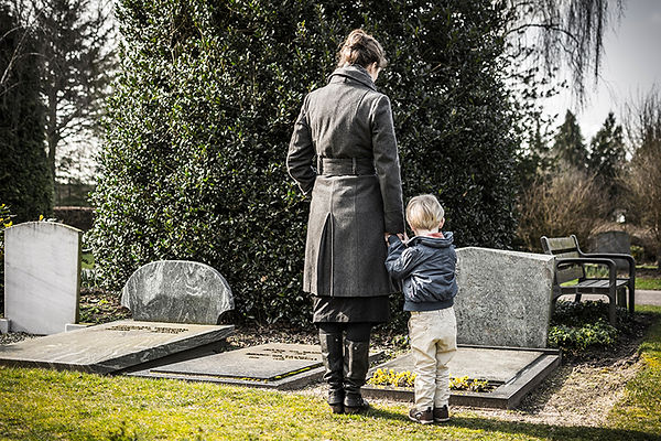 mother and child at funeral, estate planning life events, changing will after big life events, amend my estate plan, update estate plan