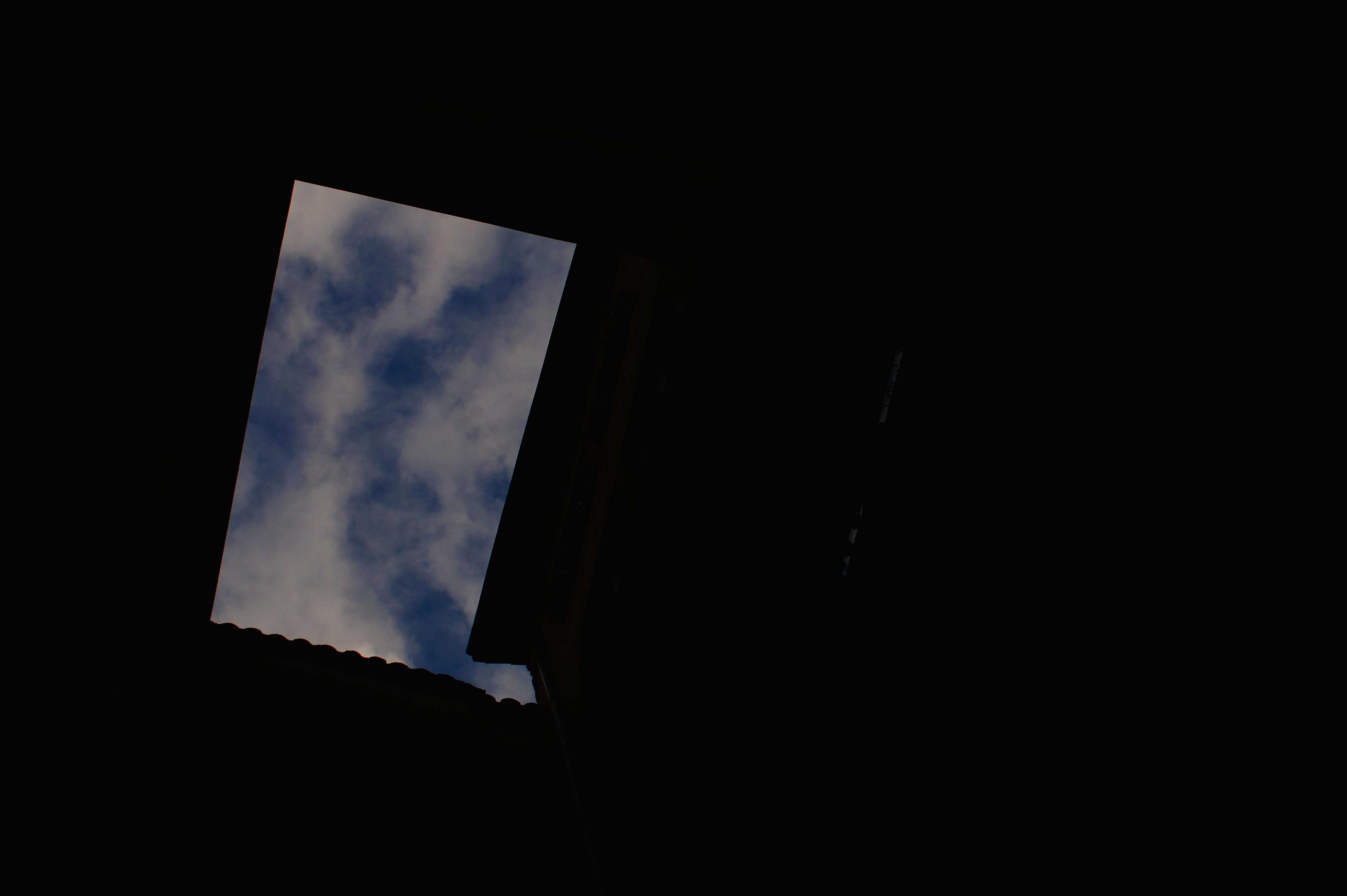 04 Traboules bleu Lyon | Urban Pix