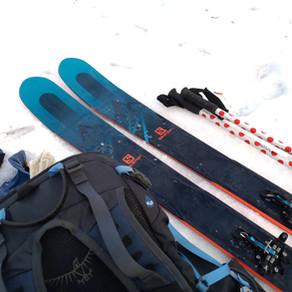 Un petit tour de ski de randonnée entre les tempêtes de neige.