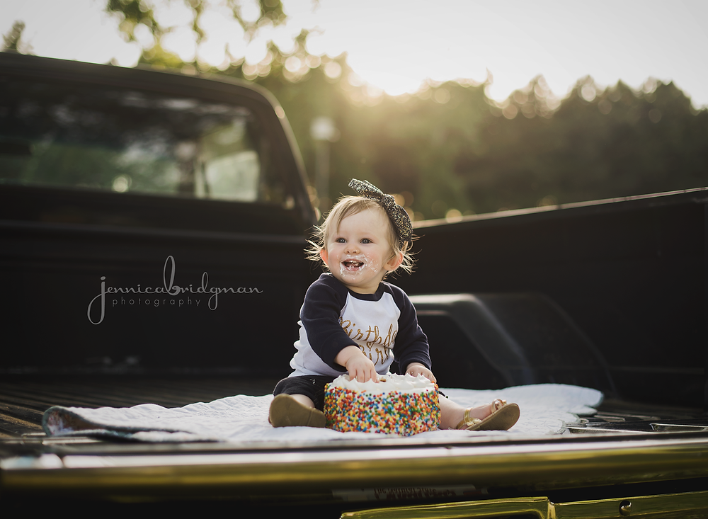 Emmy is ONE! | Toad Suck Park Cake Smash in a Truck | Conway, AR Newborn Photographer