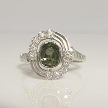 9ct white gold green sapphire and diamond Art Deco dress ring
