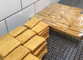 6000 Graham Crackers.... Can I Get a Whoop Whoop