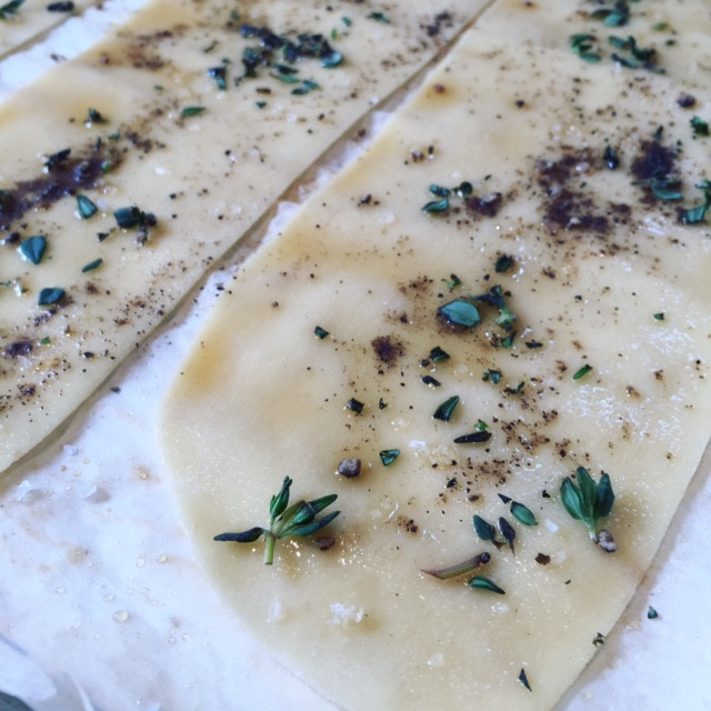 Maple, Thyme & Pepper Lavosh