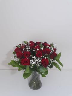 Red rose & gyp in vase - fresh flowers