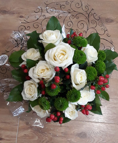 ivory roses & chrysanthemums bouquet- fresh flowers