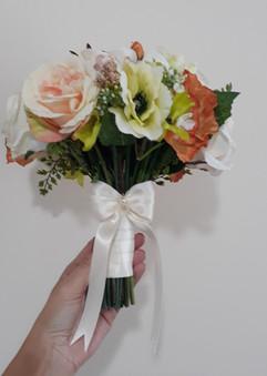 peach bouquet - silk flowers