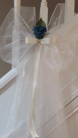 Teal pew bow - foam flowers