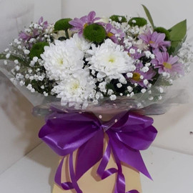 chysanthemum box bouquet - fresh flowers