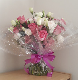 pink & white lisianthus aqua bouquet - fresh flowers