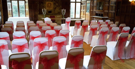 White and red wedding ceremony