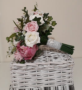 Melolivia Flowers - Pink & ivory bouquet - foam and silk flowers