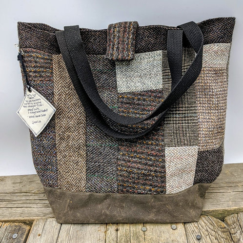 """Duffy Tote - """"James"""""""