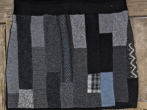 Strip Pieced Grey/Blue - L+