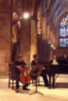 Tim Cais cello giving a recital at St. Giles Cathedral