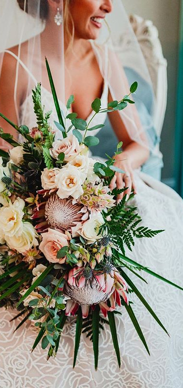 WOW ✨ look how magical this bouquet is!
