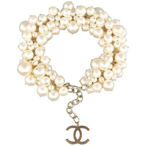 Chanel Runway Cream Light Gold Pearl Cluster Chain Necklace
