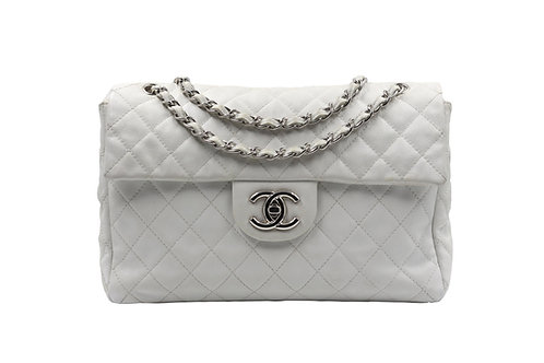 Chanel White Single Maxi Flap Caviar PHW