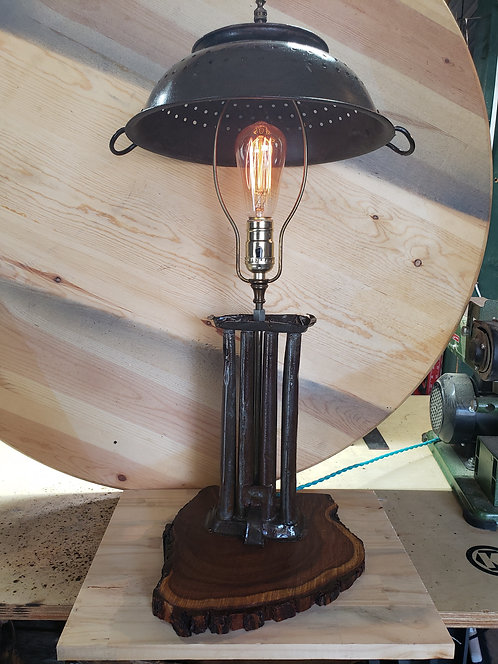 Candel Lamp with Strainer Shade