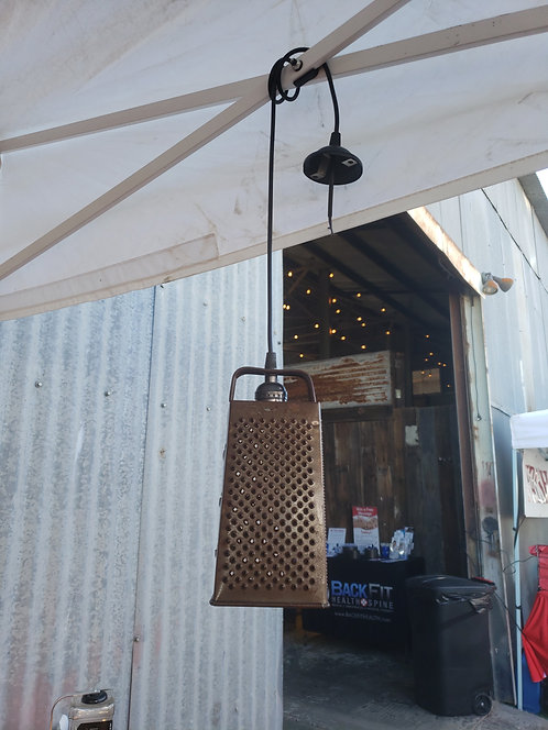 Cheese Greater Single hanging light
