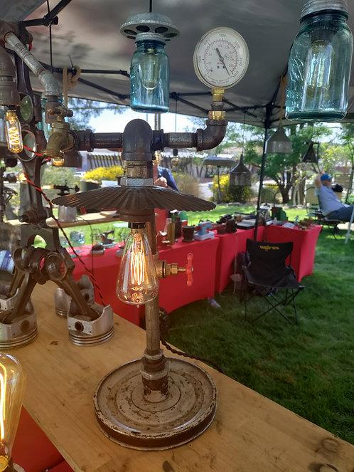 Metal Shade Lamp